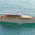 Greenline 33 – комфортабельный и экологичный «семейный» катер