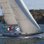 Тест-драйв новой яхты Hallberg-Rassy 372